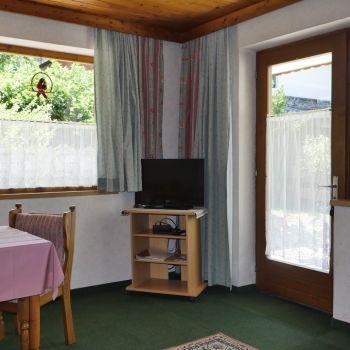 App II: Wohnschlafzimmer